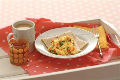 r eggs carbohydrates festive egg scramble kidney friendly recipes davita