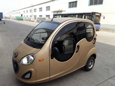 3 Wheel Electric Car For Sale by Closed Cabin Passenger Tricycle 3 Wheel Electric