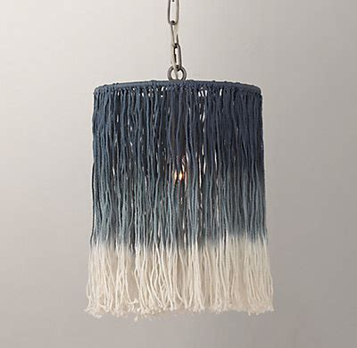 Ombre String - ombr 233 string pendant blue