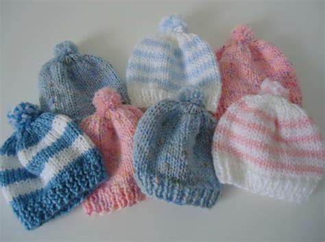 easy to knit baby hat pom pom newborn hat allfreeknitting
