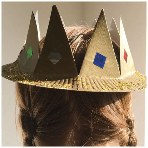 How To Make A Crown Out Of Paper For - a simple household object like a paper plate can make a