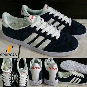 Sepatu Pria Adidas Neo Coderby Grey White Kets Casual Sneakers Kuliah jual best seller sepatu kets skate adidas neo cloud foom foot bed darkblue white sporcas