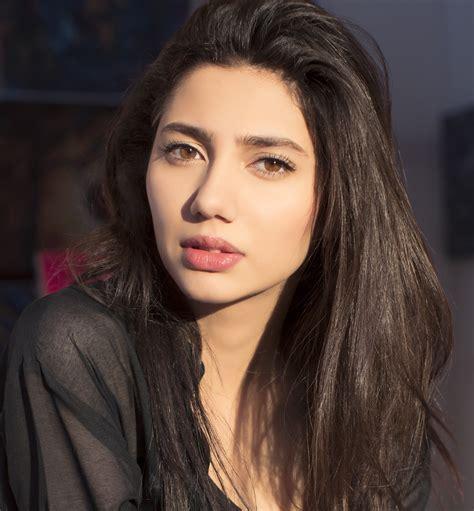 asian actress uk mahira khan named as sexiest pakistani woman in uk poll