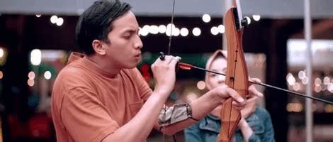 film comedy indonesia archery gifs find share on giphy
