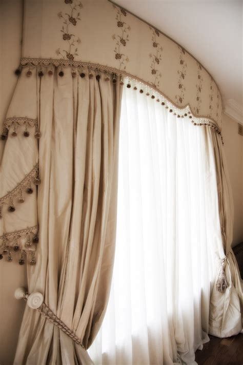 curtain bows 25 best ideas about bow window curtains on pinterest