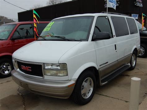how to learn about cars 2002 gmc safari head up display 2002 gmc safari information and photos momentcar