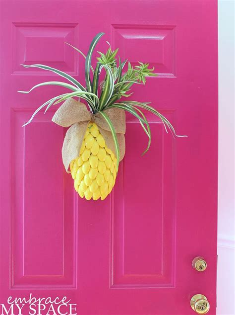 Pineapple Front Door 17 Best Ideas About Spoon Wreath On Plastic Spoon Definition Of Spooning And