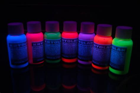 liquids that glow under black light kryolan uv blacklight aquacolor temporary hair dye ebay