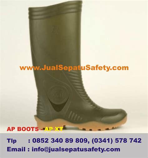 Sepatu Boot Karet Jogja grosir sepatu ap boots utk peternakan sapi ayam domba