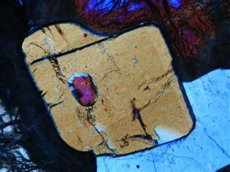 corundum in thin section coesite eclogite srv 1