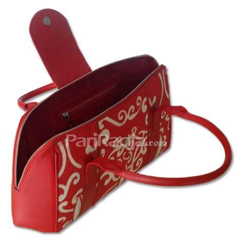 Gelang Kulit Motif Batik tas wanita kulit ikan pari warna merah motif batik