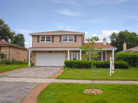 beautiful 4 bedroom split level home 2110 w st