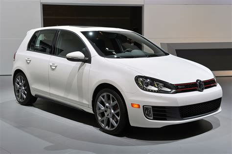 volkswagen golf gti 2013 2013 volkswagen gti driver s edition chicago 2013 photo