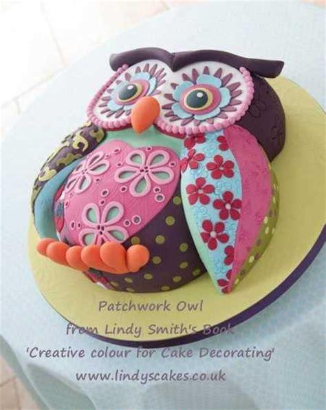 mi goreng cake ideas and designs kr 225 sn 253 narozeninov 253 dort ve tvaru sovičky s jedn 237 m trikem