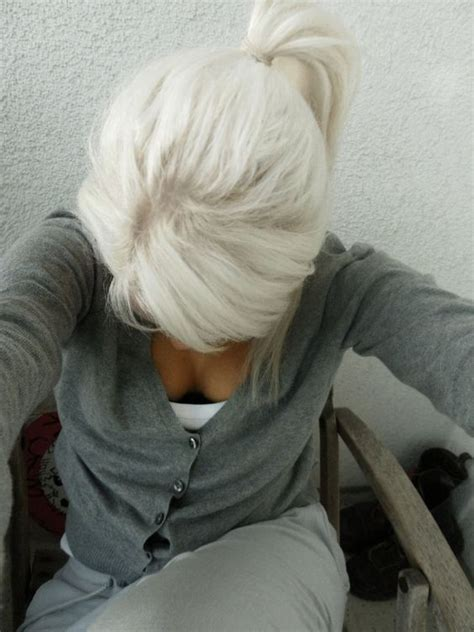 turning gray hair into blond i would kill to have white blonde hair i wish my hair