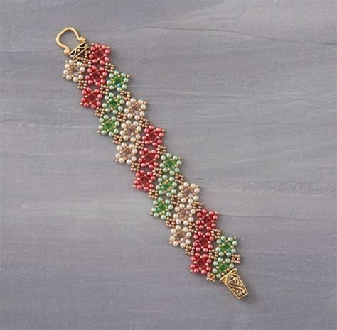 seed bead weaving tutorials shape shift your beadwork with kassie shaw weaving