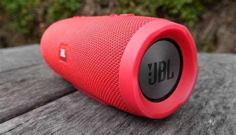 jbl charge  review  bluetooth speaker  charges