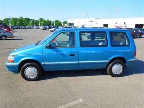 plymouth grand voyager 1993 gray how to fix 1993 plymouth grand voyager engine rpm going 1993 plymouth voyager data info and specs gtcarlot com