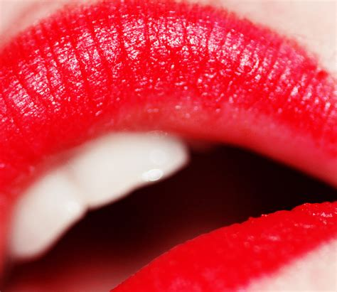 Lipstick For Your by File Lipstick Photo By Weglet Jpg