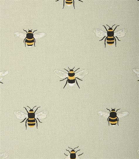 Sophie Allport Bees Fabric / Pale Green   Just Fabrics