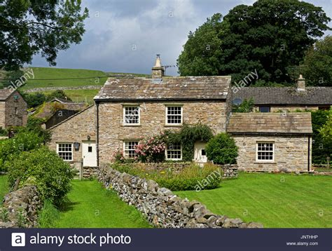 cottages in dales dales cottage stock photos dales cottage stock images