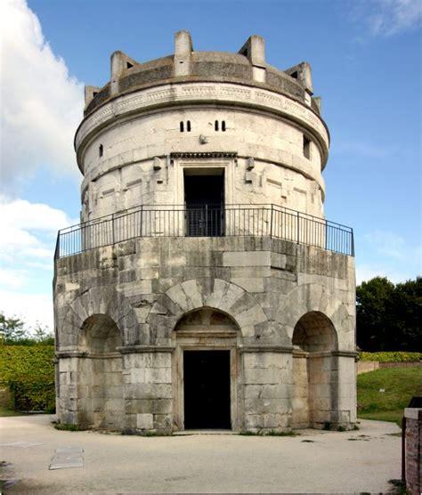 mausoleo di teodorico interno cosa visitare a ravenna in 2 giorni un itinerario per il