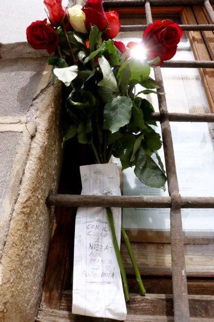 consolato francese fiori e biglietti al consolato francese di firenze la