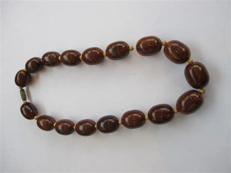 how to make bakelite jewelry brown bakelite necklace collectors weekly