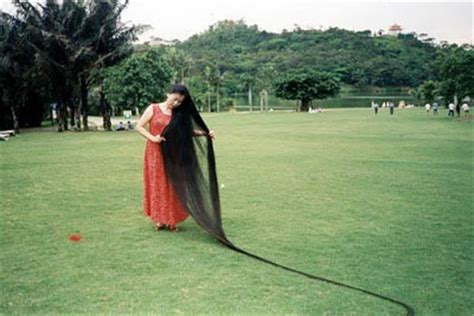 worlds longest femalepubic hair 12 year old girl with longest hair 5 feet 2 inches long