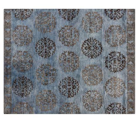 tufted rug definition hazen medallion tufted rug pottery barn