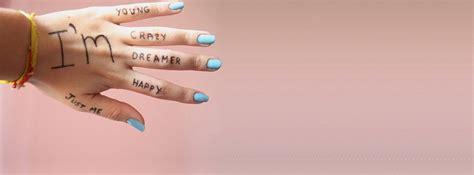 themes za facebook i am young crazy dreamer happy just me phrase inspirante