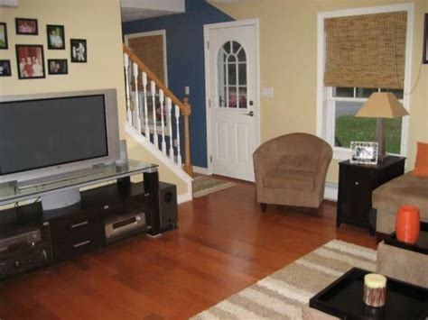 cape cod style living room furniture placement idea small cape cod living room design