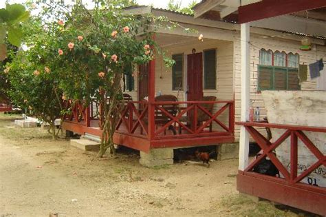 jah b s dollhouse cottages from the water to the in negril picture of jah b s