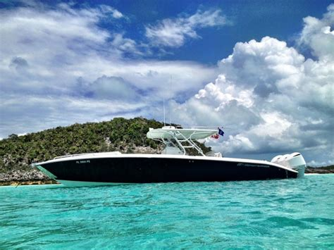 midnight express boats wallpaper midnight express 39 cuddy with custom painted white 300hp
