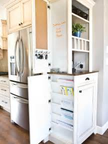 traditional kitchen design ideas amp remodel pictures houzz what is the width between the stove and peninsula counter