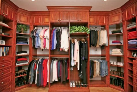 Closet Meaning by 5 Ideas For Creating A More Organized Closet Space