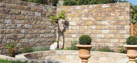 gartenmauer gestalten bilder gartenmauern gestalten ideen