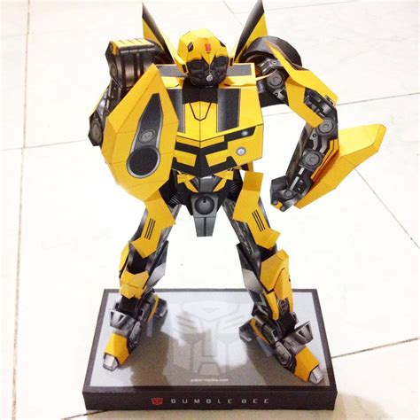 Bumblebee Papercraft - transformers bumblebee papercraft pepakura by leilabels