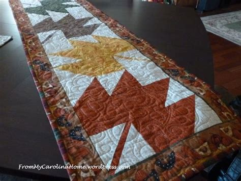 leaf pattern table runner quilting project tutorials from my carolina home