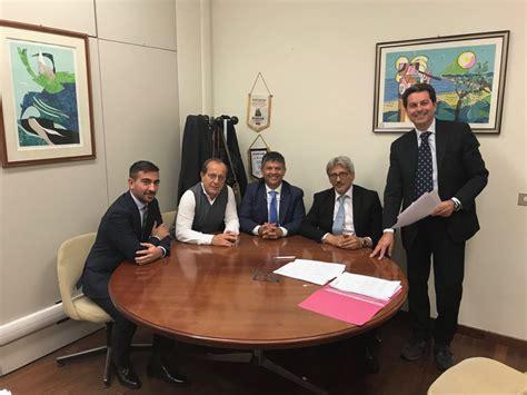 unicredit napoli sede centrale confeserfidi sigla nuova convenzione con unicredit