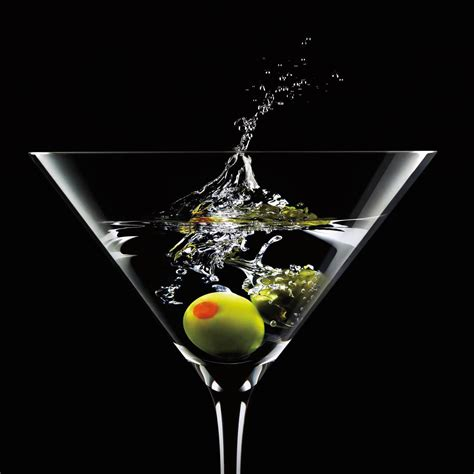 martini classic 100 cocktail martini avantgarde spirits company 1