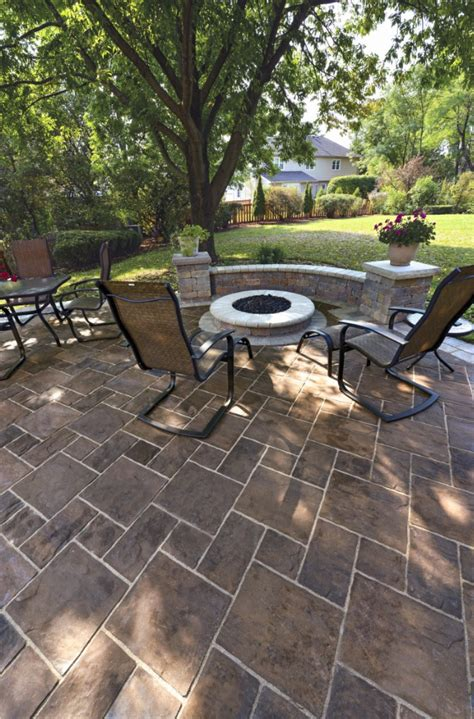 Where To Buy Unilock Pavers 10 Patios That Use Paver Patterns To Make A Statement