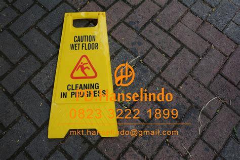 Floor Signtanda Lantai Licin jual floor sign quot awas lantai licin quot papan caution