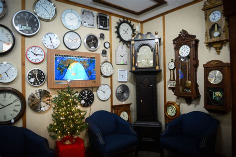 clock shop wall clocks tick tock shop
