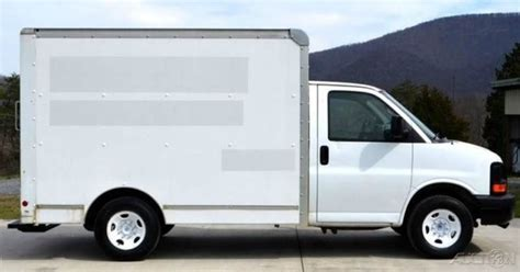 10 Foot Box Truck For Sale by 10ft Box Truck Pictures To Pin On Pinsdaddy