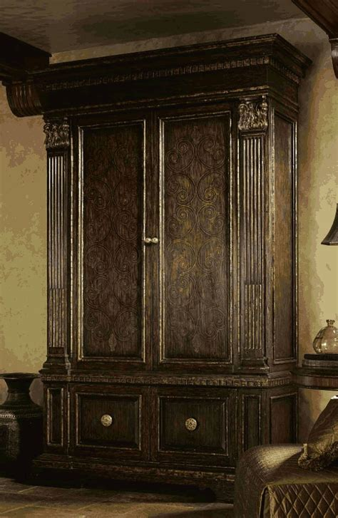 Bedroom Furniture Sets High End High End Master Bedroom Sets Carvings And Tufted