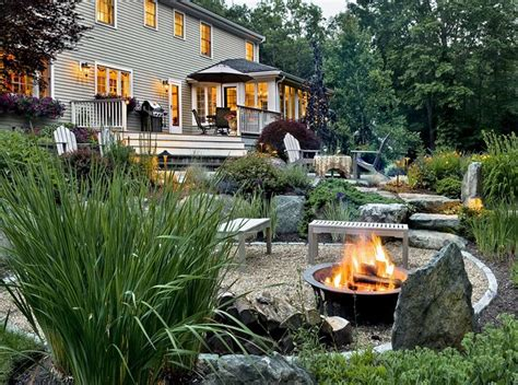 6 easy ways to spruce up your patio this insolroll boring backyard six simple budget friendly ways to spruce it up propertymanagementreviews org