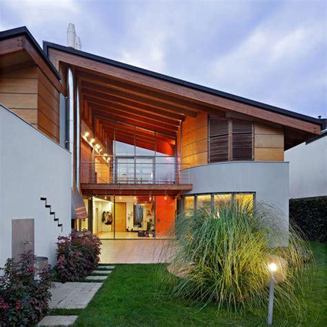 modern family house แบบบ านสองช น ออกแบบสม ยใหม อย างเป นเอกล กษณ เพ อการ