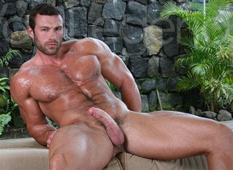Muscle Men Naked Big Dick Men