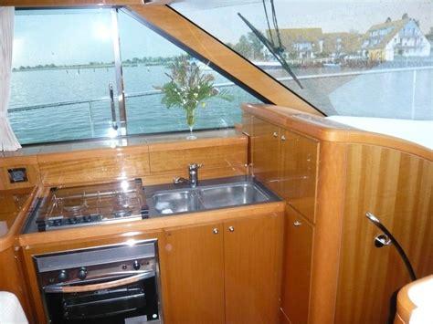 beneteau motorjacht b 233 n 233 teau antares 13 80 motorboot motorjacht tweedehands